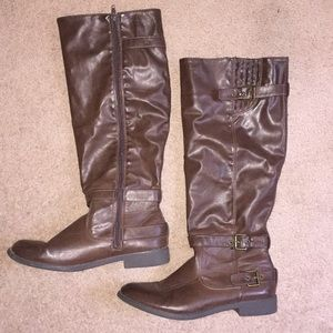 Like new tall Shoedazzle boots